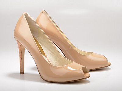 nude-art-of-matching-shoes