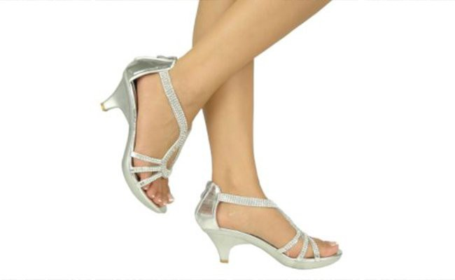 small-heels-art-of-matching-shoes
