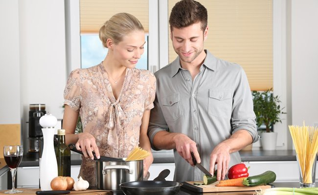 cooking-for-dinner - Couples Fight