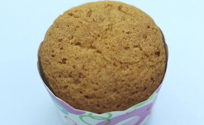 baked-vanilla-cup-cake