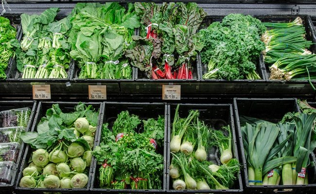 green-leafy-vegetables - Foods That Stimulates The Nervous System And Brain