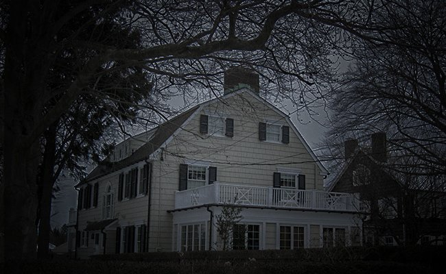 amityville - Haunted Places