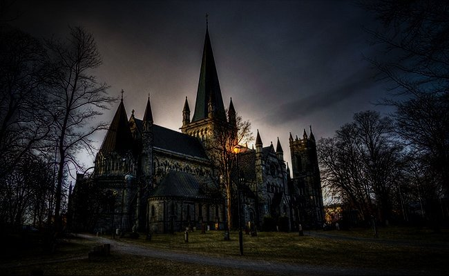 nidaros-cathedral - Haunted Places