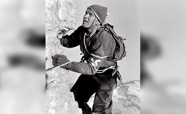 lino-lacedelli-record-breaking-mountaineers
