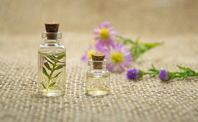 what-are-perfumes-and-fragrance - How To Use Perfume?